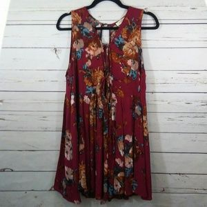 Umgee floral swing dress size M
